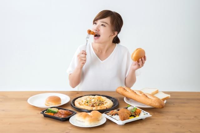生理前に食欲が増すのはPMSなの?骨盤底筋との関係は
